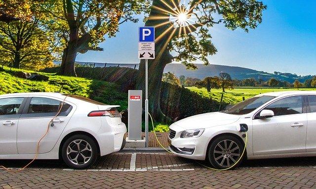 Elektromobil nabitý za 12 minut? Již brzy realita